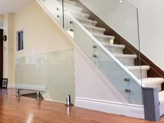 frameless glass railing