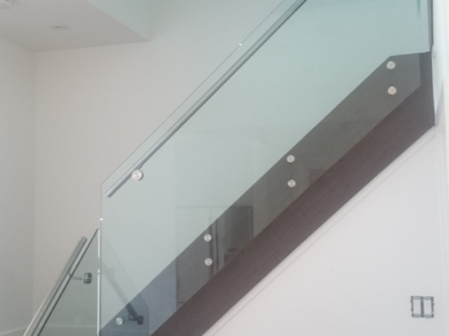 frameless glass railing with stainless steel