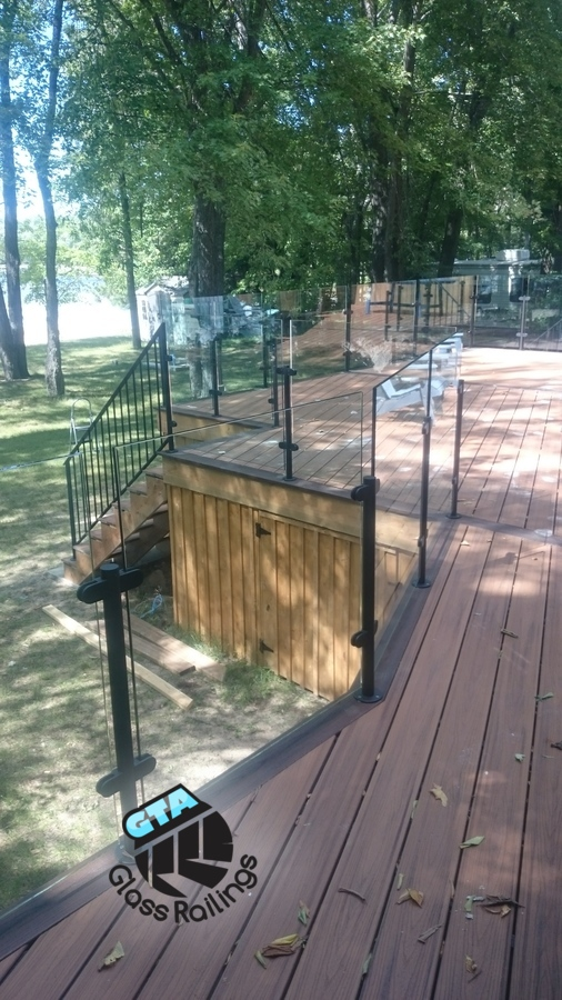 deck glass railing cottage