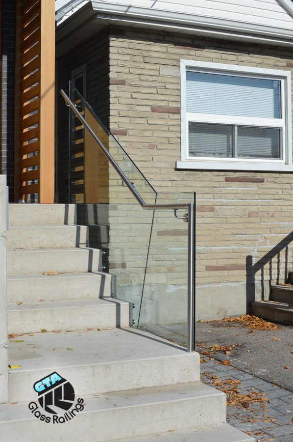 exterior frameless glass railing