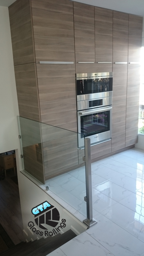 stainless steel glass railing and handrail