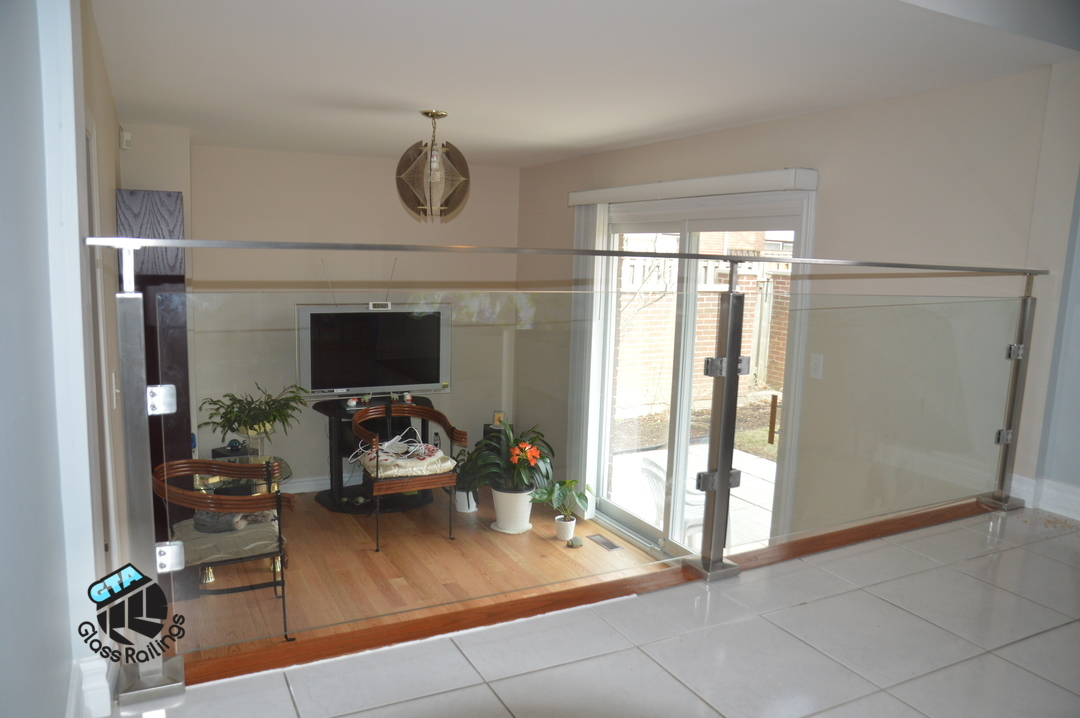 inteior stainless steel glass railing
