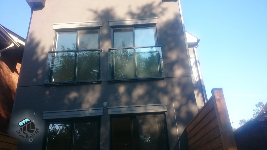 Juliet balcony glass railing