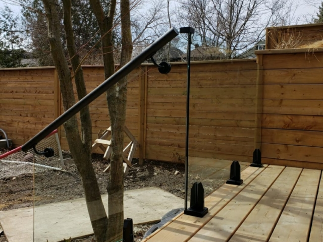 outdoor frameless glass railing