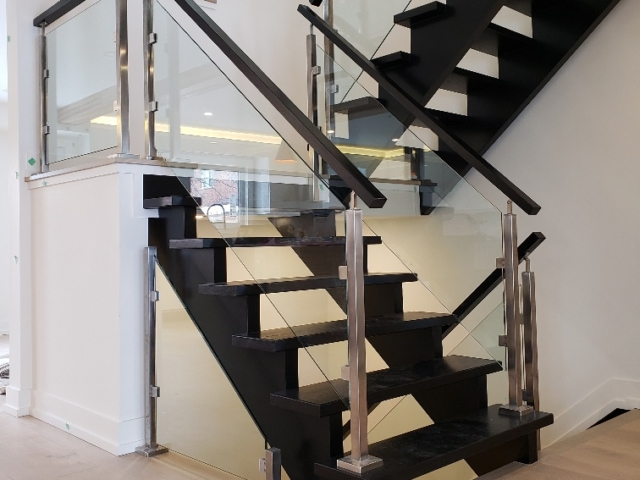 indoor glass railing stainless steel